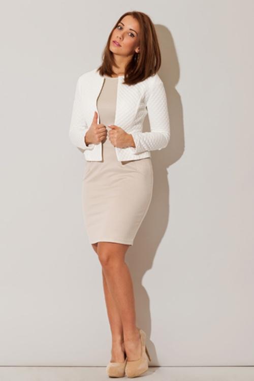 c046c1e35101 praca – zwłaszcza ta biurowa wymaga zakładania odpowiednich ubrań. Spódnica  lub spodnie