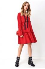Czerwona Sukienka o Kroju Litery A z Ozdobną Tasiemką