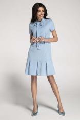 Błękitna Sukienka z Obniżoną Talią Wiązaną przy Dekolcie