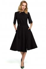 Czarna Rozkloszowana Sukienka z Poszerzanym Rękawem do Łokcia
