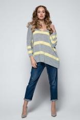 Szary Oversizowy Sweter w Paski z Dekoltem w Szpic