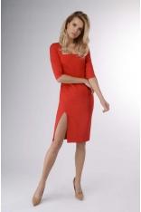 Czerwona Ołówkowa Sukienka z Dekoltem Karo