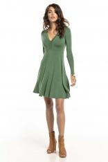 Zielona Dzianinowa Rozkloszowana Sukienka z Dekoltem V