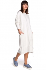 Ecru Długa Oversizowa Sukienka z Troczkami na Dole