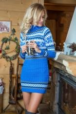 Niebieska Swetrowa Sukienka z Golfem w Skandynawski Wzór