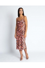 Różowa Midi Sukienka w Zwierzęcy Wzór na Ramiączkach