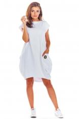 Biała Oversizowa Sukienka z Dużymi Kieszeniami