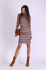 Boho Sukienka o Tradycyjnym Ołówkowym Kroju