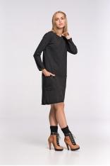 Luźna Czarna Dzianinowa Sukienka z Wydłużonym Tyłem z Długim Rękawem