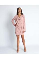 Różowa Luźna Mini Sukienka z Dekoltem Typu Woda