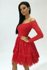 Czerwona Sukienka Koronkowa w Hiszpańskim Stylu