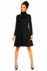 Czarna Rozkloszowana Sukienka z Wysokim Golfem