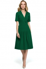 Zielona Elegancka Sukienka z Kopertowym Kołnierzem