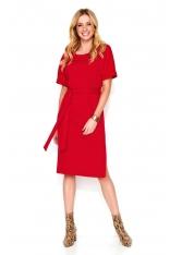 Czerwona Prosta Dzianinowa Sukienka do Kolan z Paskiem
