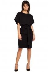 Czarna Sukienka Przewiązana Paskiem z Nietoperzowym Krótkim Rękawem