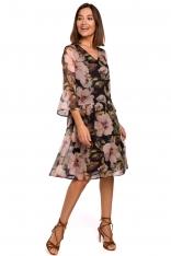 Czarna Kobieca Sukienka w Kwiaty z Obniżoną Talią