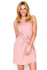 Różowa Krótka Sukienka z Efektowym Przełożeniem
