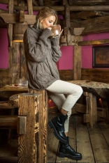 Espresso Obszerny Sweter z Golfem w Warkocze