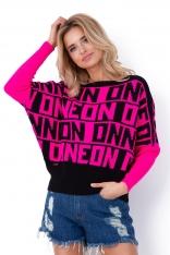 Różowy Luźny Sweter z Kolorowymi Napisami