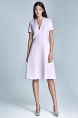 Elegancka Różowa Sukienka Midi z Głębokim Dekoltem w Szpic