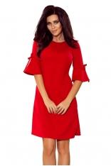 Czerwona Trapezowa Sukienka z Rozkloszowanym Rękawem do Łokcia