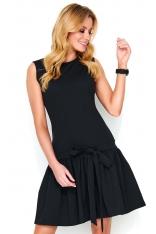 Czarna Sukienka z Obniżoną Talią Wykończona Falbanką