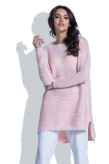 Pudrowy Sweter w Prążek z Dłuższym Tyłem