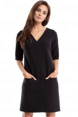 Czarna Sukienka w Serek z Kieszeniami