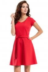 Czerwona Sukienka Rozkloszowana z Wiązanym Paskiem