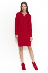 Czerwona Sukienka z Ozdobnymi Szwami
