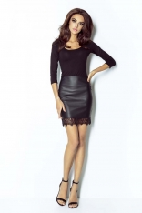 Mini Spódnica z Eco-skóry z Koronkową Wypustką - Czarna