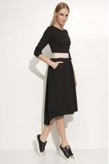 Czarna Sukienka Asymetryczna Midi z Podkreśloną Talią