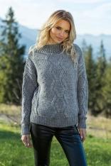 Szary Ciepły Sweter z Ozdobnym Wzorem