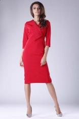 Klasyczna Dopasowana Sukienka z Ozdobnym Kołnierzem - Czerwona