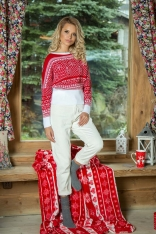Czerwono Biały Nietoperzowy Sweter z Kolorowym Wzorem