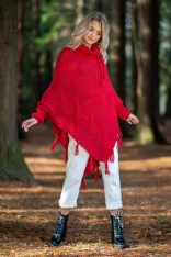 Czerwone Ciepłe Poncho-Sweter z Frędzlami