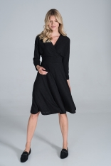 Sukienka z Kopertowym Dekoltem z Prążkowanej Dzianiny - Czarna