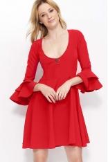 Czerwona Krótka Rozkloszowana Sukienka z Głębokim Dekoltem