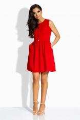 Czerwona Sukienka Rozkloszowana bez Rękawów ze Złotymi Guzikami