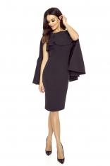 Czarna Sukienka z Rozciętą Narzutką