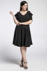 Czarna Kobieca Rozkloszowana Sukienka z Wycięciem na Ramieniu PLUS SIZE