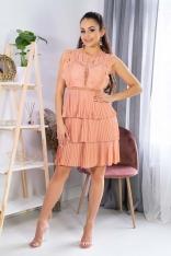 Koronkowa Sukienka z Plisowanym Dołem - Brzoskwiniowa