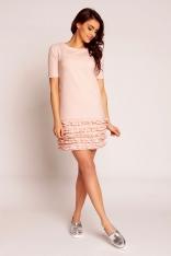 Prosta Różowa Sukienka z Karbowanymi Falbankami z Krótkim Rękawem