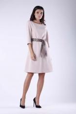 Beżowa Dzianinowa Rozkloszowana Sukienka z Wiązanym Paskiem