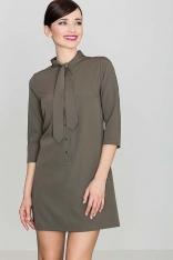 Uniwersalna Oliwkowa Koszulowa Sukienka z Wiązaną pod Szyją Szarfą
