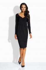 Czarna Sukienka z Podkreśloną Talią