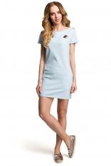Błękitna Dopasowana Mini Sukienka z Ozdobną Naszywką