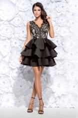 Czarna Sukienka Wieczorowa z Falbankami