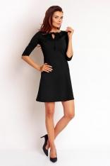 Czarna Elegancka Sukienka z Wiązaniem przy Dekolcie