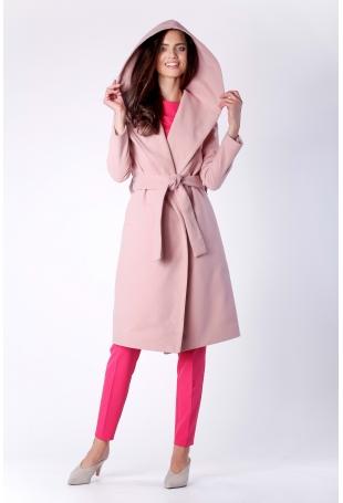 Elegancki Różowy Płaszcz z Kapturem Przewiązany Paskiem